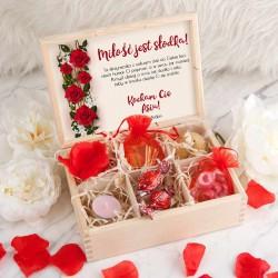 PREZENT na Walentynki skrzyneczka Miłość jest słodka Z PODPISEM