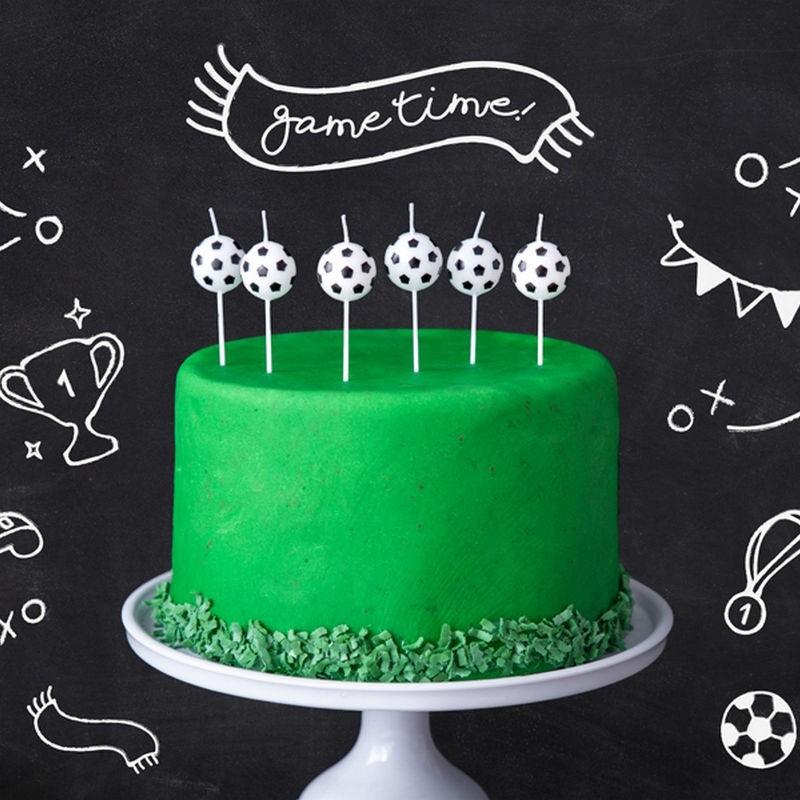 Świeczki na tort urodzinowy dla chłopca piłka nożna