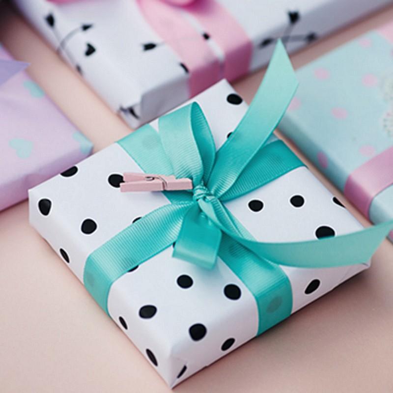 tasiemka do pakowania prezentów