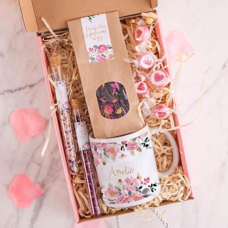PREZENT na 30 urodziny Box Z IMIENIEM Kubek i herbata MAŁY
