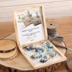 PREZENT na 30 pudełko na pieniądze z krówkami Super Kasa