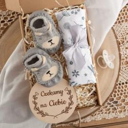 PREZENT na Baby Shower dla dziecka Z IMIENIEM Z kapciuszkami SZARY