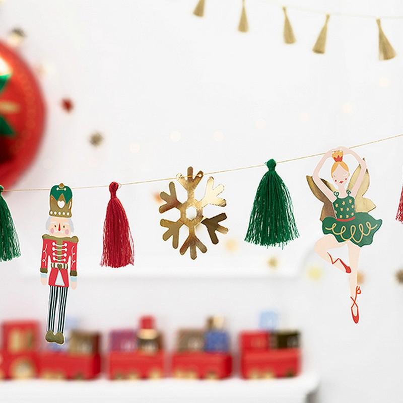 Świąteczna girlanda do dekoracji przedszkola