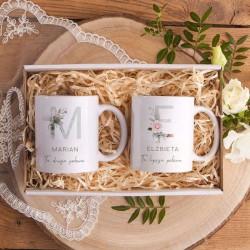 Prezent na Rocznicę Ślubu Kubki Z IMIONAMI w pudełku INICJAŁY Różowe Kwiaty