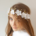 WIANEK komunijny gałązka Białe Kwiaty z perełkami