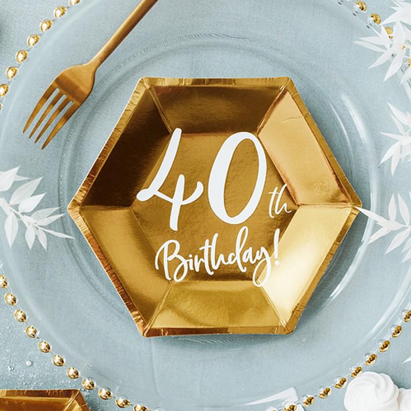 Papierowe talerzyki na 40 urodziny