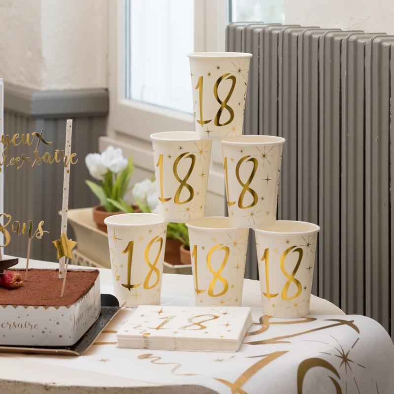 papierowe kubeczki na urodziny