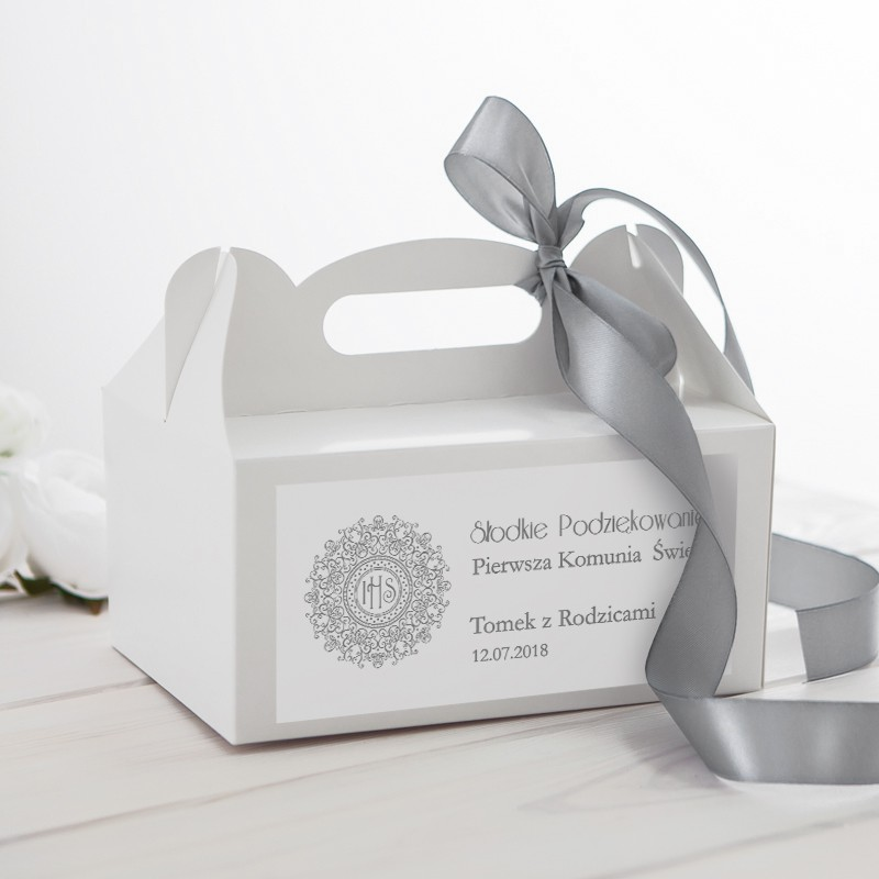 Pudełko na ciasto z motywem srebrnej hostii