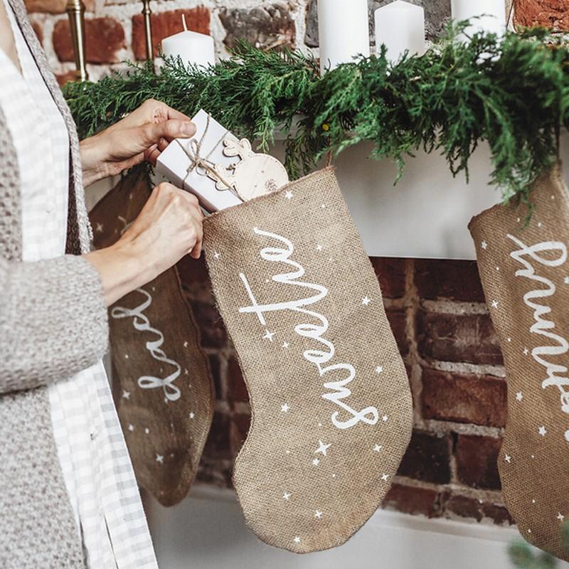 Skarpeta na prezenty świąteczne w naturalnym stylu