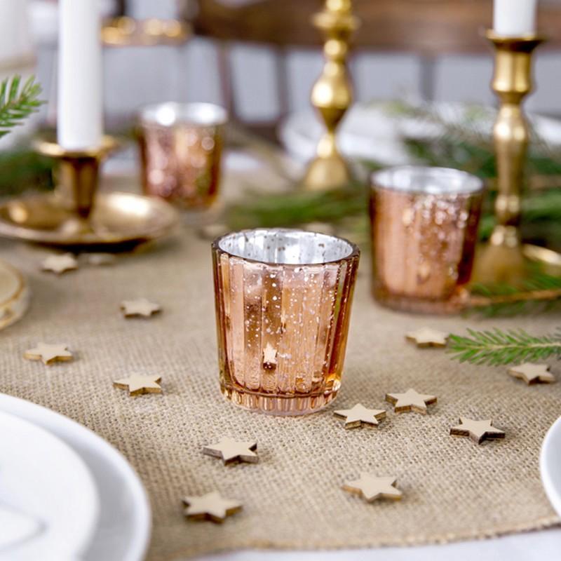 Świeczniki do dekoracji świątecznego stołu