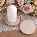 Świeczniki komunijne i wazony dekoracja stołu